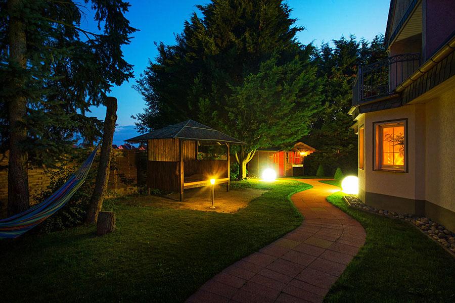 FKK Rom Garten Hütte